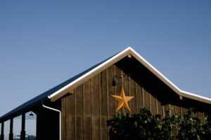 star on barn at Star Vineyard